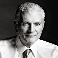 Executive-portrait-Philadelphia-by-Philadelphia-Corporate-Photographer-Rich-Quindry-388